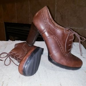FRANCO SARTO BOLT LACE UP OXFORD STYLE HEEL BOOTS